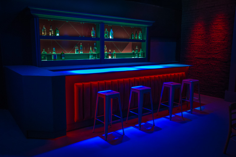 modern bar standing set in la