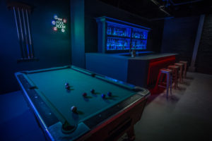 dive bar standing set in los angeles